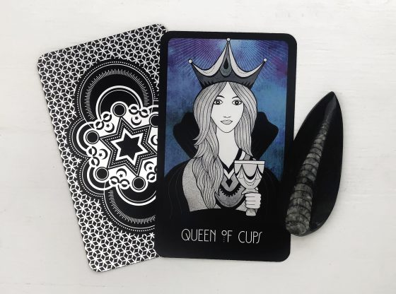 INSPIRATIONAL TAROT DECK QUEEN OF CUPS