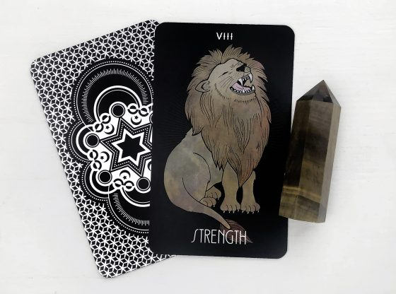 INSPIRATIONAL TAROT DECK STRENGTH